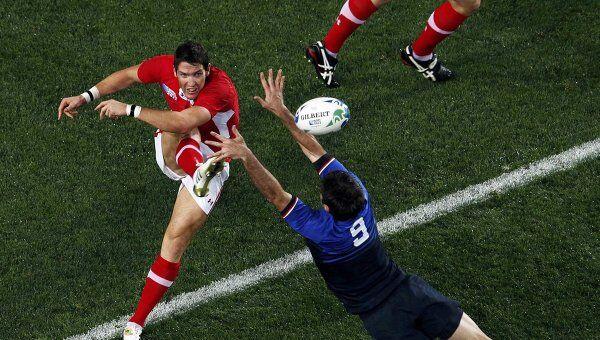 Игровой момент матча Уэльс - Франция