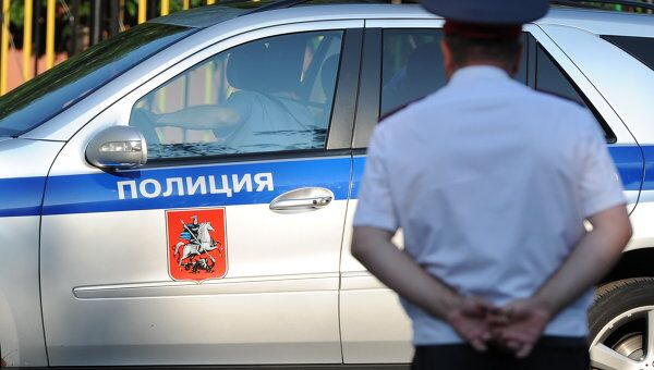 Полицейский автомобиль. Архив