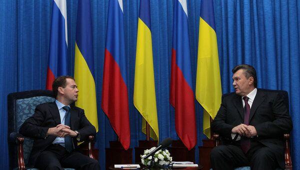 Президент РФ Д.Медведев встретился с президентом Украины В.Януковичем