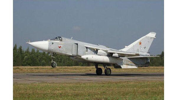Боевой самолет Су-24. Архив