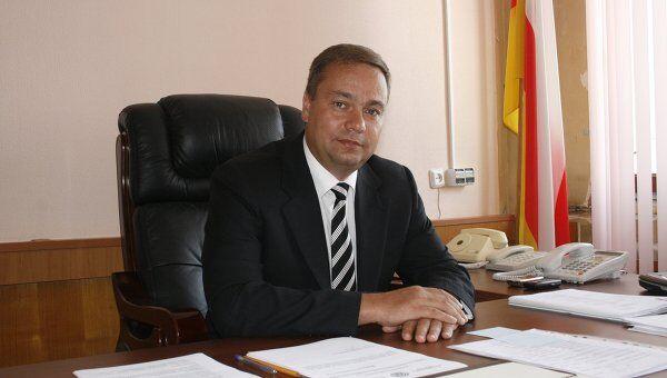 Председатель правительства Республики Южная Осетия Вадим Бровцев