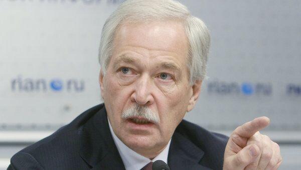 Борис Грызлов в РИА Новости во время работы круглого стола. Архив