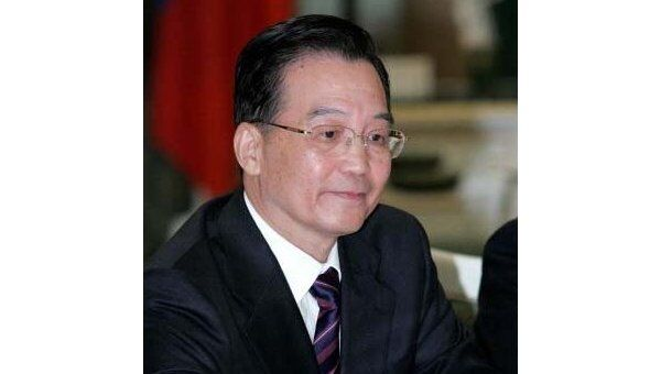 Китай будет регулировать курс юаня так, как ему нужно - премьер
