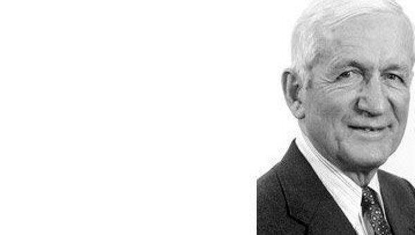 Лауреат Нобелевской премии по физике Норман Рамсей