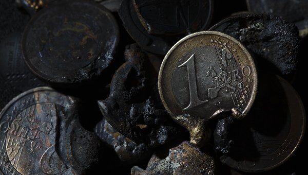 Расплавленные монеты евро