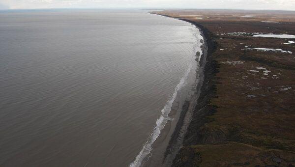 Вид на мыс Канин Нос в Белом море. Архив