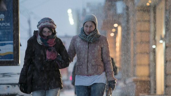 В Москве идет необычный снегопад