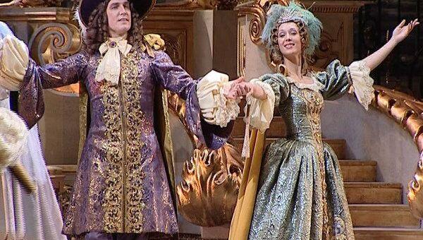 Спящая красавица в итальянских костюмах и декорациях на сцене Большого