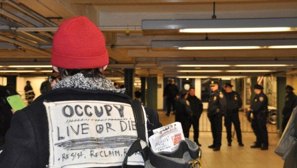 Акция протеста Захвати Уолл-стрит в Нью-Йорке. Архив
