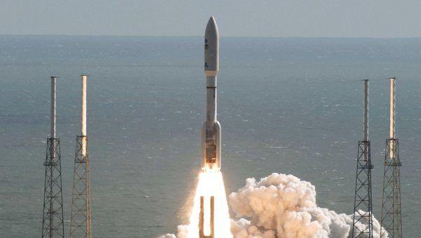 Ракета-носитель Atlas V с марсоходом стартовала с космодрома на мысе Канаверал