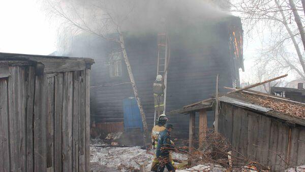 Пожар в Томске в деревянном доме по улице Ново-Киевской