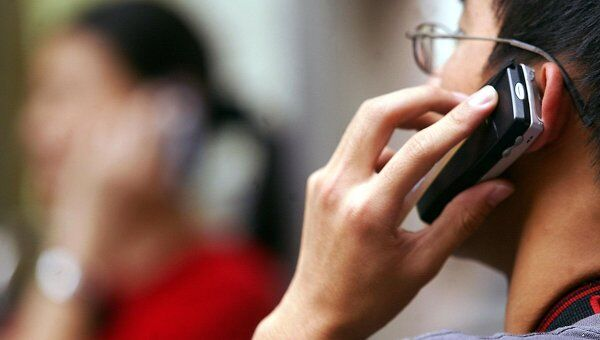 В храмах, театрах и школах могут появиться блокираторы сотовой связи