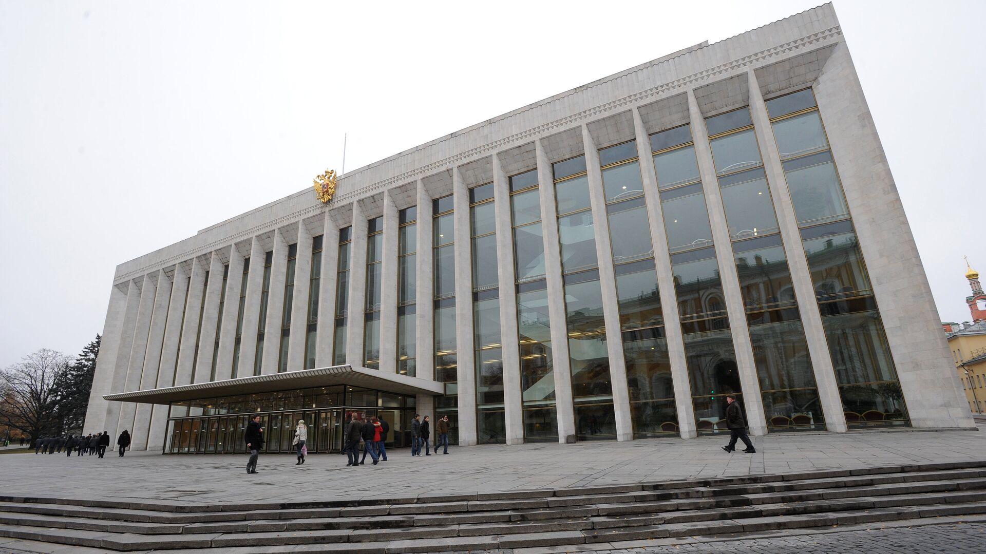"""Источник сообщил о """"минировании"""" Кремлевского дворца"""
