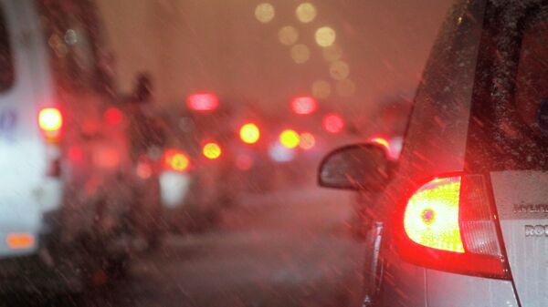Ухудшение ситуации на автодорогах. Архивное фото