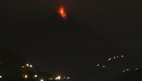 Извержение в Эквадоре