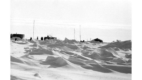 Российские путешественники достигли Северного полюса на автомобилях