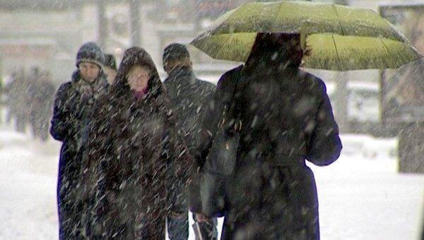 Мокрый снег накрыл Москву