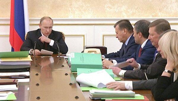 Путин дал неделю на подготовку проектов поручений по посланию президента РФ