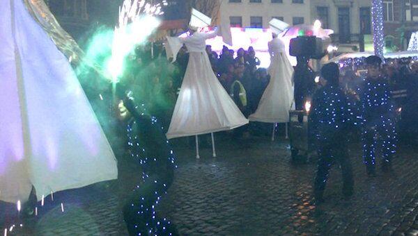 Огненное шествие и новогоднее световое шоу на улицах Брюсселя