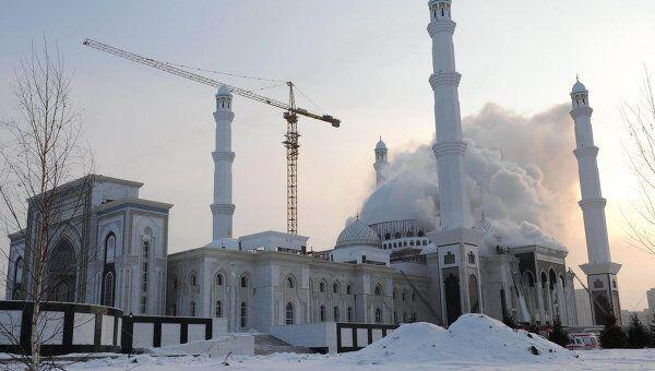 Пожар в мечети в Астане