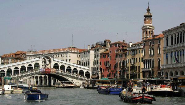 ЮНЕСКО призывает ограничить движение лайнеров через центр Венеции