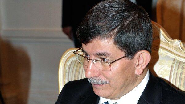 Министр иностранных дел Турции Ахмет Давутоглу. Архив.