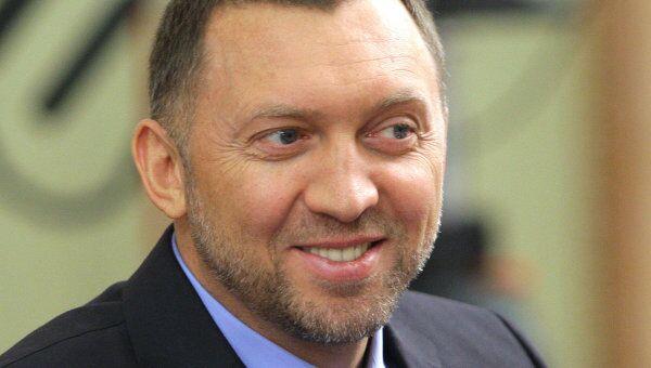 Генеральный директор компании Базовый элемент Олег Дерипаска . Архив