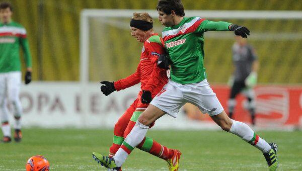 Игровой момент матча Локомотив - Атлетик