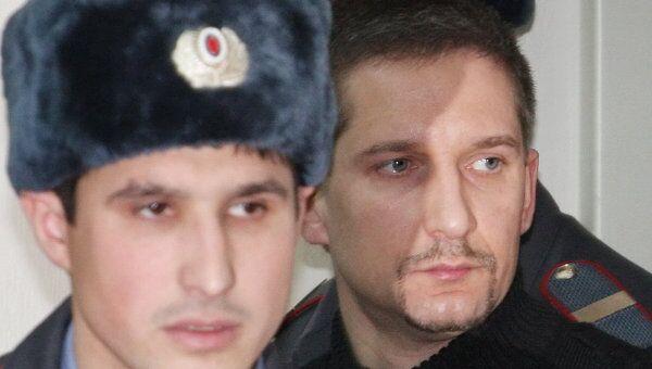 Денис Евсюков в суде. Архив