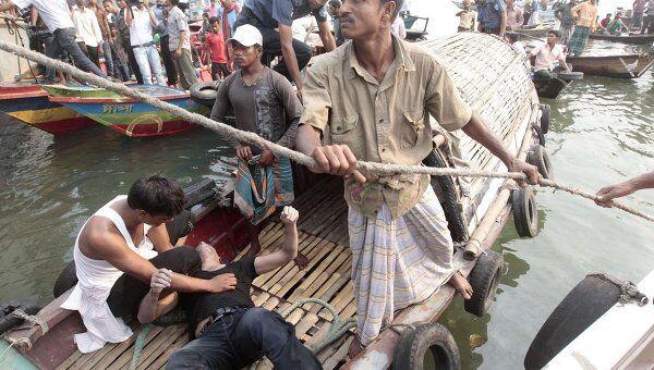 Крушение парома в Бангладеш