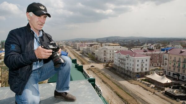 Фотокорреспондент РИА Новости Саид Царнаев