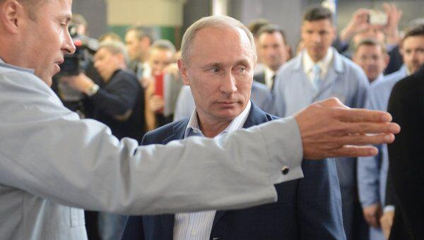 Премьер-министр РФ В.Путин участие в церемонии запуска серийного производства автомобиля Лада Ларгус на АвтоВАЗе