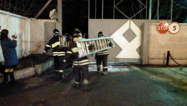 На месте обрушения строящегося дома в Москве