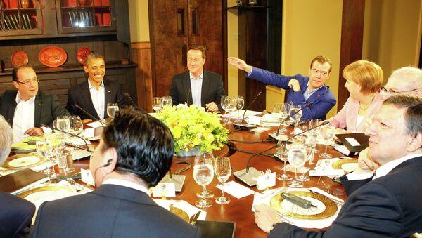 Д. Медведев на саммите G8