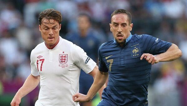Игровой момент матча сборных Франции и Англии
