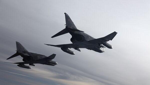Истребители RF-4E