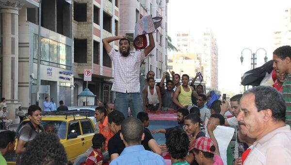 Празднование победы Мурси в провинции Асьют