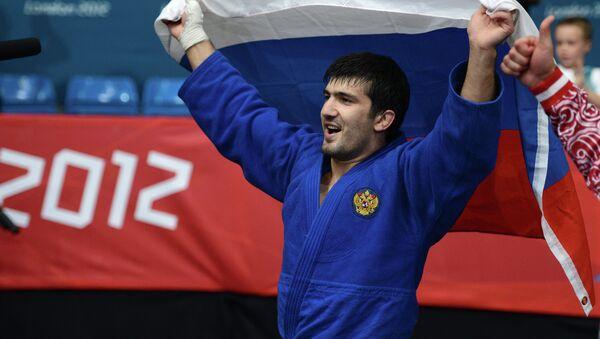 Россиянин Тагир Хайбулаев, занявший первое место в финальных соревнованиях по дзюдо