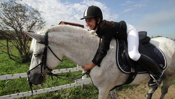 Соревнования по конному спорту в Омске