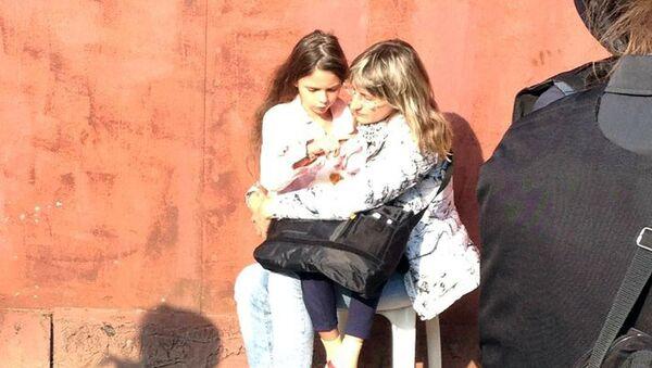 Даша Попова с мамой