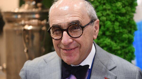 Адвокат Александр Добровинский на VII съезде Федерации еврейских общин России