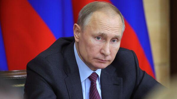 Президент РФ Владимир Путин проводит заседание Совета по развитию местного самоуправления