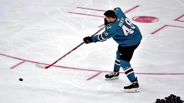 Нападающий клуба НХЛ Сан-Хосе Шаркс Томаш Гертл