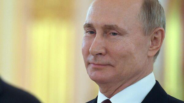 Президент РФ Владимир Путин на церемонии вручения верительных грамот вновь прибывших послов иностранных государств