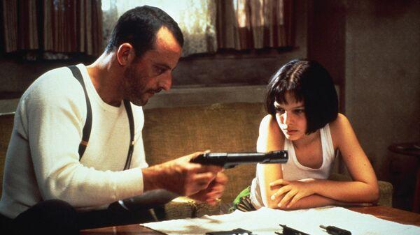 Кадр из фильма Леон