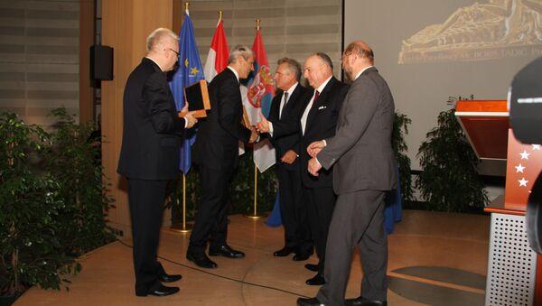 Во время вручения Европейской медали толерантности в Европарламенте