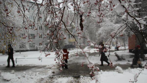 Снегопад в Горно-Алтайске
