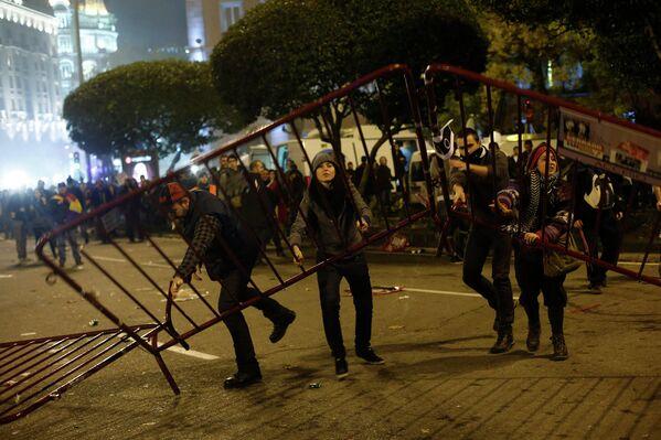 Участники всеобщей забастовки в Мадриде, Испания