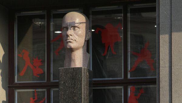 Экспонаты музея В. В. Маяковского в Москве