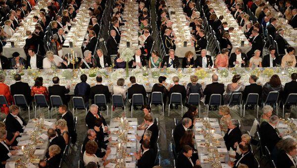 Перед началом Нобелевского банкета в Голубом зале стокгольмской ратуши